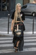 LOOK01 NEITH NYER PARIS FASHION WEEK SS19 Fashiondailymag bleumode