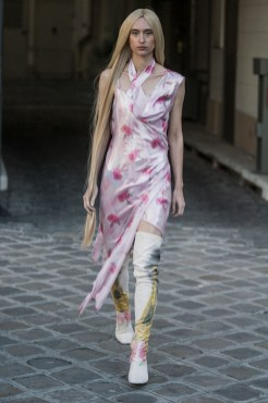 LOOK23 NEITH NYER PARIS FASHION WEEK SS19 Fashiondailymag bleumode