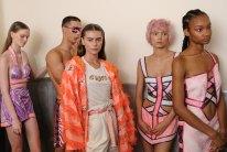 Custo Barcelona SS2020 feature nyfw FashionDailyMag Brigitteseguracurator ph Tobias Bui3379