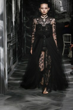 DIOR_HAUTE COUTURE_AUTUMN-WINTER 2019-2020_LOOKS_06 FashionDailyMag Brigitteseguracurator