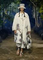 DIOR_SPRING-SUMMER_2020_LOOK_13 FashionDailyMag Brigitteseguracurator