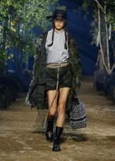 DIOR_SPRING-SUMMER_2020_LOOK_34 FashionDailyMag Brigitteseguracurator