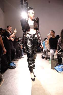 Kaimin-nyfw-FashionDailyMag-Brigitteseguracurator-ph-Tobias-B.9