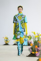 SHUTINGQIU_SS20_Look2 SHANGHAI RUNWAY faves FashionDailyMag Brigitteseguracurator 2 17