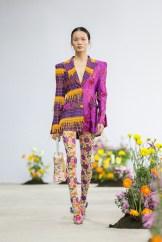 SHUTINGQIU_SS20_Look2 SHANGHAI RUNWAY faves FashionDailyMag Brigitteseguracurator 2 9