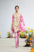SHUTINGQIU_SS20_Look2 SHANGHAI RUNWAY faves FashionDailyMag Brigitteseguracurator 2 31