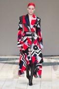 Alexander McQueen - __ - csc_0803 fall 2020 paris fashion week photo Imaxtree FASHIONDAILYMAG brigitteseguracurator