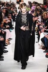 Valentino_10_is5_0212 fall 2020 paris fashion week photo Imaxtree FASHIONDAILYMAG brigitteseguracurator