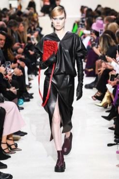 Valentino_14_is5_0281 fall 2020 paris fashion week photo Imaxtree FASHIONDAILYMAG brigitteseguracurator