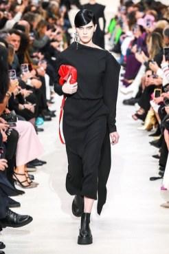 Valentino_1_is5_0044 fall 2020 paris fashion week photo Imaxtree FASHIONDAILYMAG brigitteseguracurator