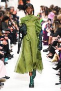 Valentino_43_is5_0803 fall 2020 paris fashion week photo Imaxtree FASHIONDAILYMAG brigitteseguracurator