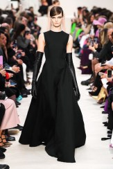 Valentino_83_is5_1575 fall 2020 paris fashion week photo Imaxtree FASHIONDAILYMAG brigitteseguracurator