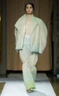 Otkutyr-RF21-1442-emerging-talent-milan-fall-2021-collections-brigitteseguracurator-fashion-daily-mag-luxury-lifestyle-2021 ph imaxtree