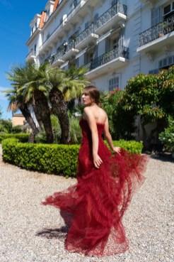 LaMetamorphose CannesFilmFestival 2021 FashionDailyMag ph JoyStrotz BrigitteSeguraCurator 058CANNES it be romantic fashion