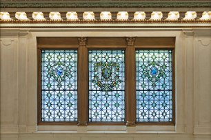 Hotel Monaco Tiffany-stained glass (photo courtesy of Kimpton Hotels Restaurants)