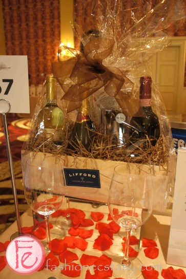 2013 Book Lover's Ball - auction items