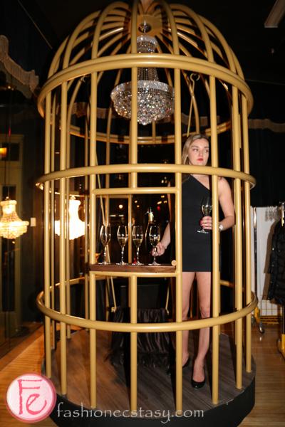cc lounge cage