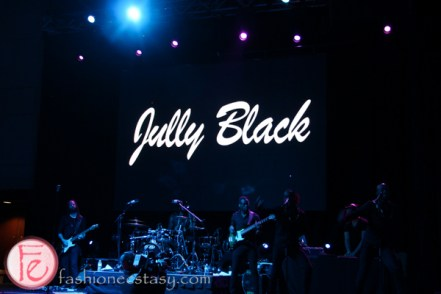 Jully Black live performance