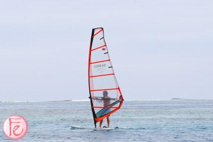 windsurfing conrad maldives