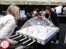 bubble hockey at restaurants canada show 2016