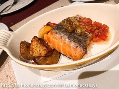 The Chapter Cafe Eslite Hotel Taipei 烤鮭魚排 seared salmon fillet