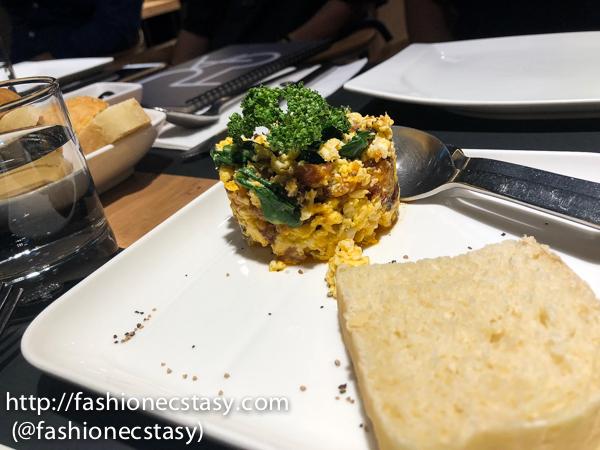 葡式臘腸蔬菜炒蛋 Farinheira com ovos e vegetais (Portuguese Yellow sausage, egg and cabbage) $280