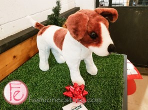 Jingle Woof PetSafe Canada's Holiday gift guide atUnleashed in the City
