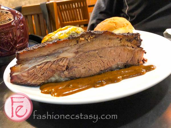 Tony's BBQ Smokehouse Taipei brisket