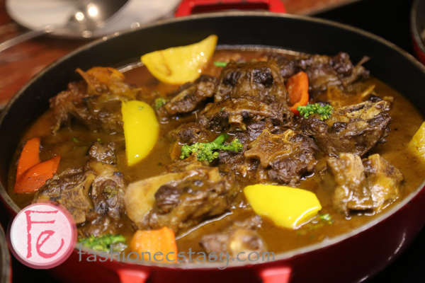 美國紅酒燉牛尾 (braised Ox Tail beef with root vegetable)