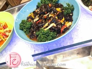 醋漬魚皮沙拉 (vinegar fish skin salad)