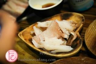 "米炭火燒肉海鮮晶瑩剔透澎湖現撈冰卷 (真的很限量)($198) Mi Barbecue Bar Restaurant's ""Crystal-clear Penghu Squid (really limited)"" ($198)"