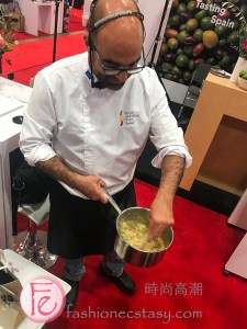Live demo of chef making scrambled eggs at SIAL- North America's biggest Food & Wine Trade Show from Spain