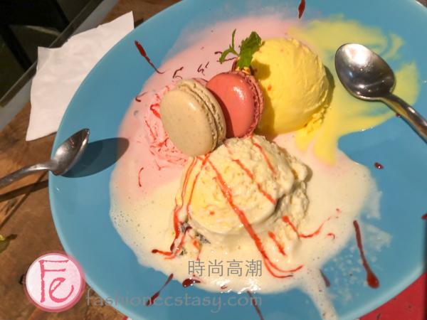 「三色冰淇淋與馬卡龍」($120)/ Ice-cream trio with Macarons ($120)