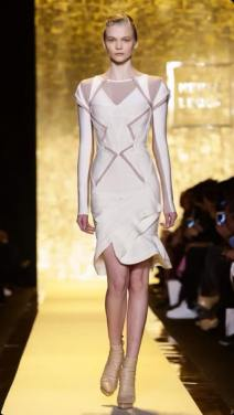 NY-Fashion-Week-2015-Herve-Leger-13