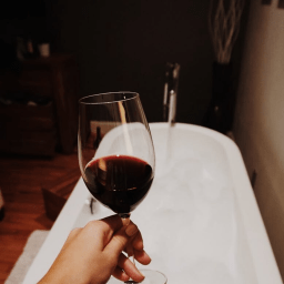 Wine for a relaxing bath