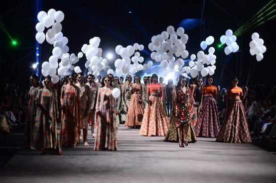 Lakme Fashion Week-17-2015-Img2