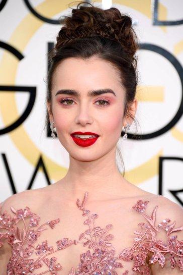 lily-collins-hair-makeup-2017-golden-globes