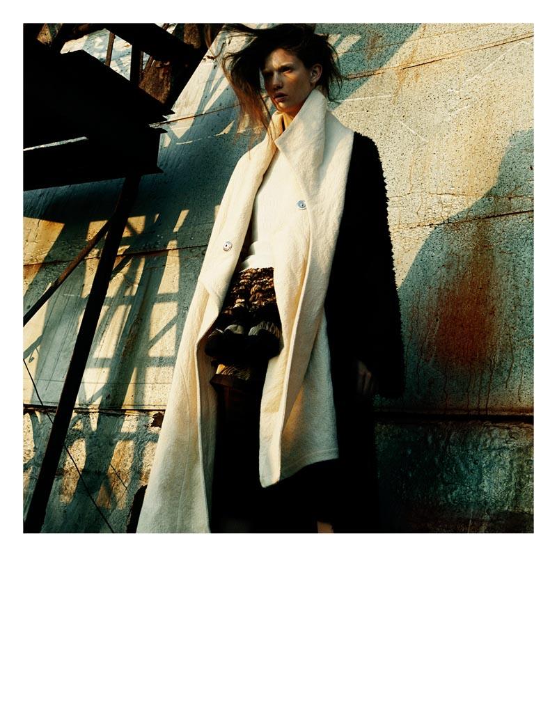 KendraKadel9 Кендра Спирс надевает доспехи для выпуска я Зимняя Ds, линзированного Грег Kadel