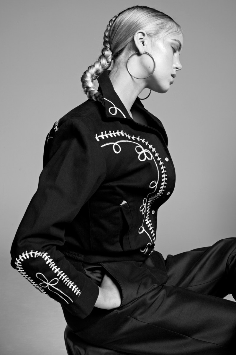 Josefien Rodermans Sports Urban Style For The Lens Of Tove