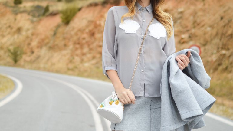 5 Chic Outfits to Wear to a Fall Wedding