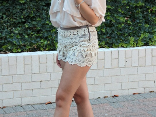 Stalk My Style: Lace Tiered Shorts & Wedges