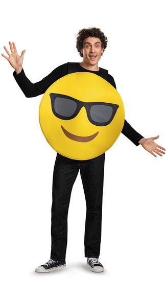16 Hilarious men's halloween costumes - Sunglasses Emoji