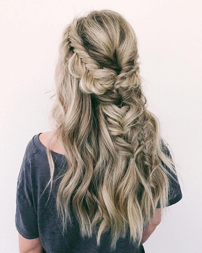 Prettiest Hairstyle Ideas for Fall braided half updo
