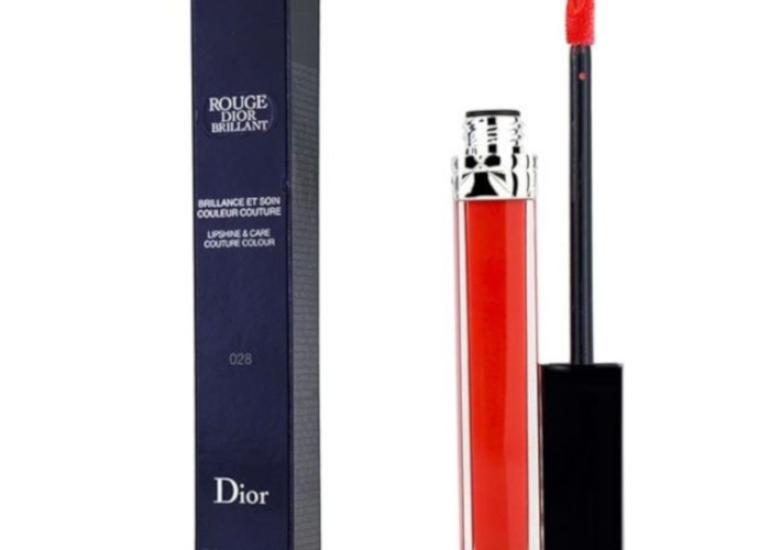 10-Hottest-Steals-of-The-Week-DIOR-ROUGE-BRILLIANT-COUTURE-COLOUR-ROUGE-LIP-SHINE-CARE