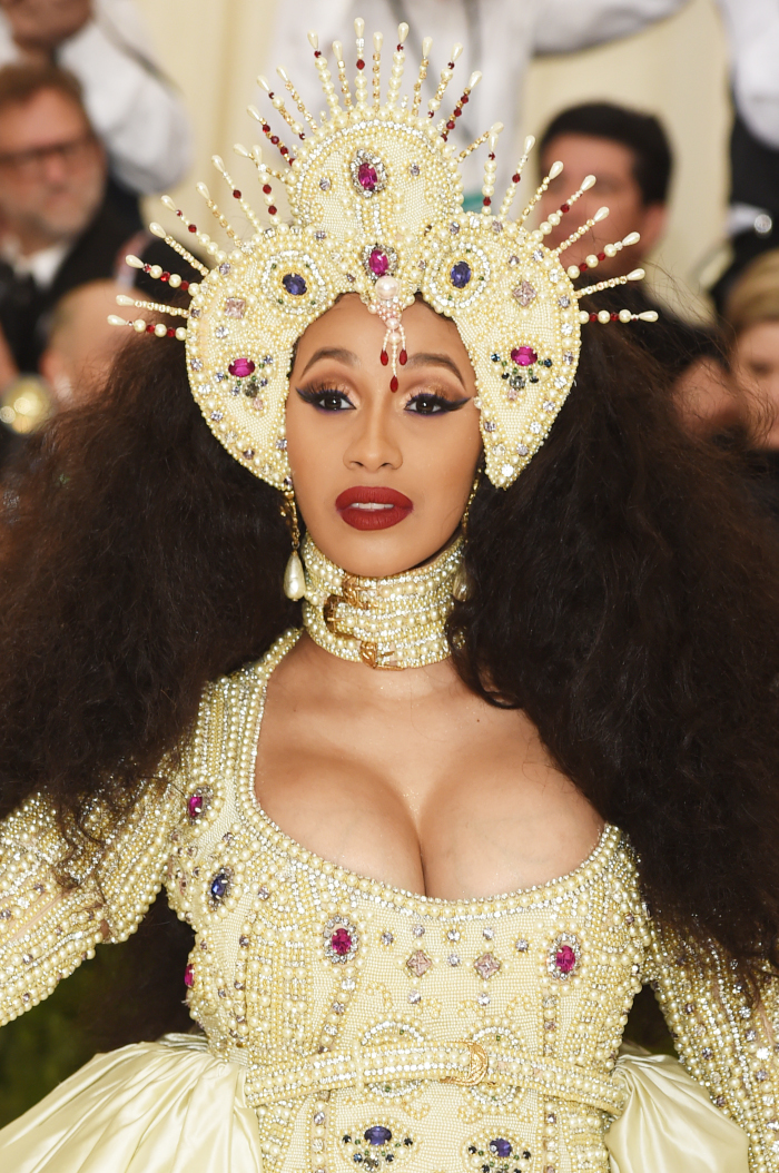 Best-Celebrity-Makeup-Looks-of-2018-To-Use-As-Inspo-Cardi-B-Met-Gala