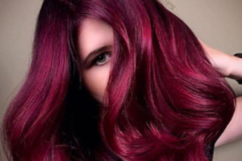 Dark-Hair-Colors-That-Look-Great-All-Year-Round-burgundy-hair