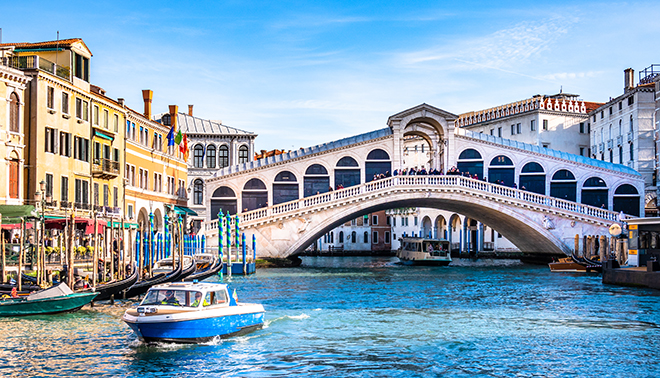 top-romantic-proposal-spots-in-europe-venice