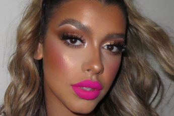The Hottest Summer Makeup Trends to Try RN statement lip