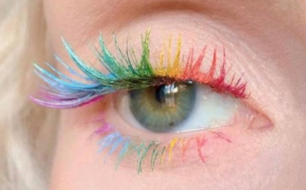 All The Fun Ways to Wear Colored Mascara This Summer 8
