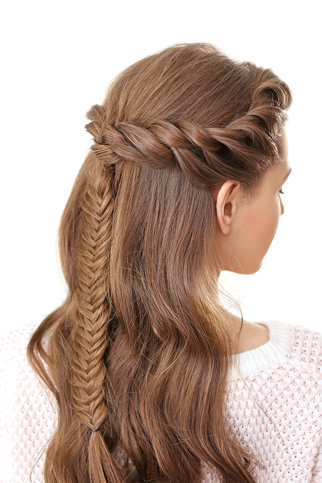 12-Best-Hairstyles-for-a-Student-Party-braids-2